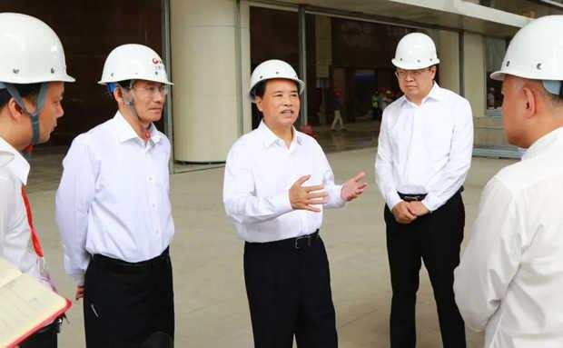 刘赐贵:做大做强海南特色自贸港会展业 加快国际旅游消费中心建设