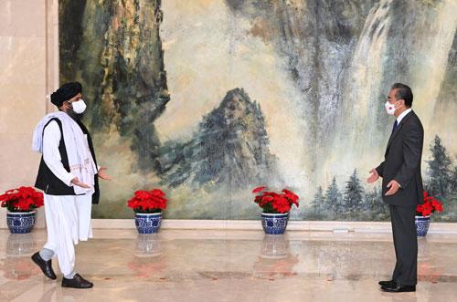 王毅会见阿富汗塔利班政治委员会负责人